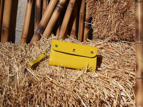 کیف لاکچری زرد
